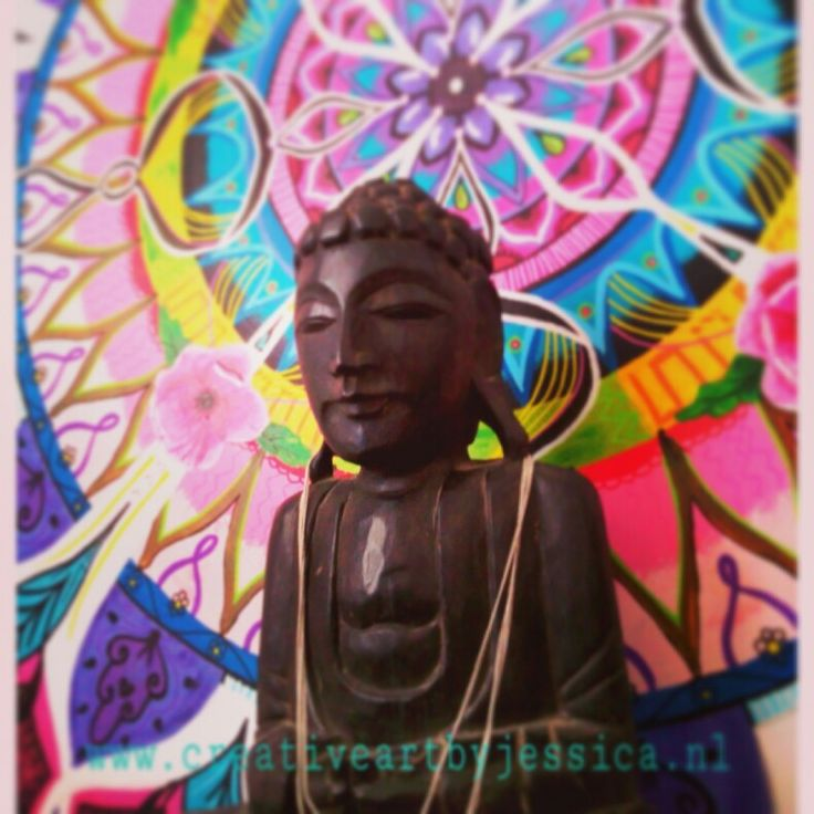 Boho-energy-circle nmr 7 is handgeschilderd formaat 100cm for sale Www.creativeartbyjessica.nl #boho #bohostyle #hippie #hippieart #bohochic #ibiza #ibizastyle #mandala #mandalas #mandalaart #yoga #meditation #welness #design #handmade #ibizablogger #meditatie #fashion #decoratie #art #kunst #lifestyle #roundie #healing #painting #buddha #boeddha #schilderij