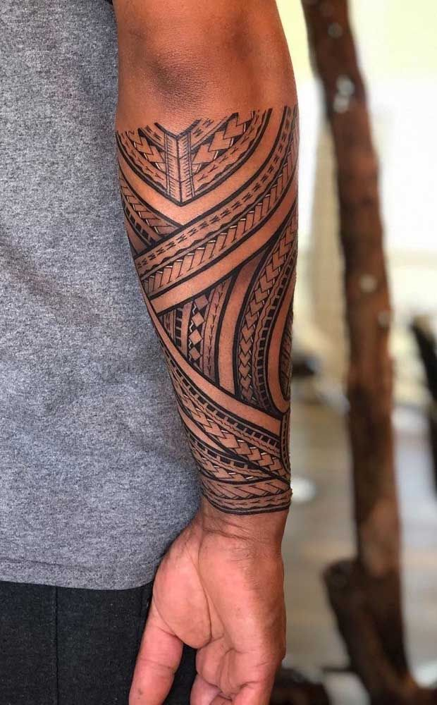 Tatuagem maori: significado, história e 60 inspirações