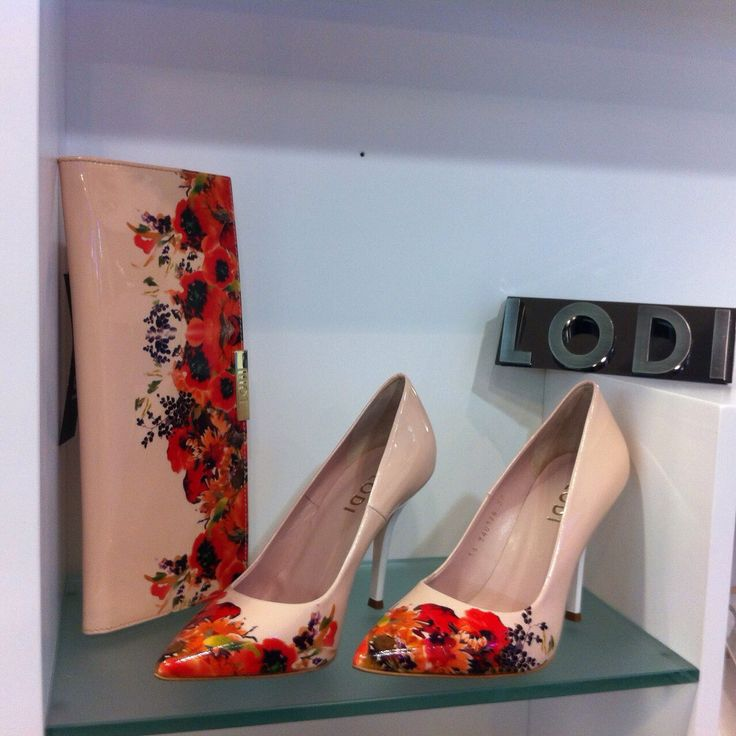 Zapato -Lodi- con cartera www.facebook.com/Patriciocerrato