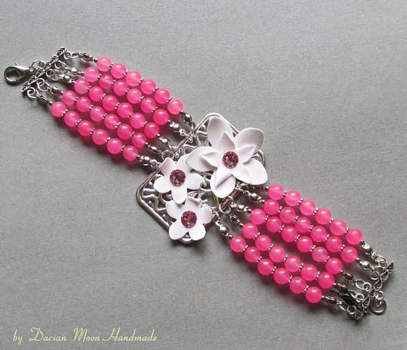 La vie en rose bracelet flower bracelet pink bracelet