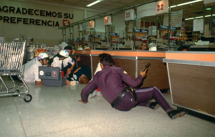 Enrique Metinides: Photo Photography, Mexico Cities, Mexico Df, De Enrique, Metinid Mexico, Crime Scene, Photography Metinid, Scene Photography, Enrique Metinides