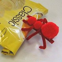 Image of Pompom Ant Chip Clip