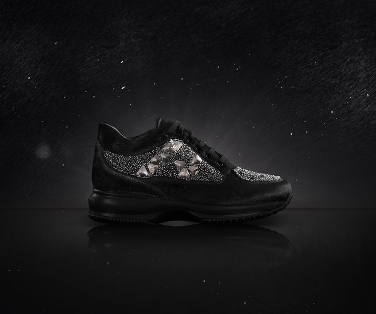 #HOGAN ATELIER Interactive PRISMA: the unique elegance of total black, brightened up by an embroidery of beads and rhinestones.