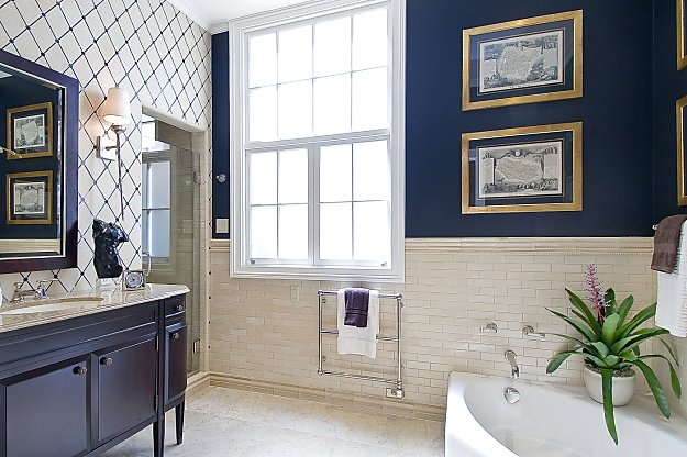 Navy blue full bath hall bath pinterest blue for Small bathroom navy
