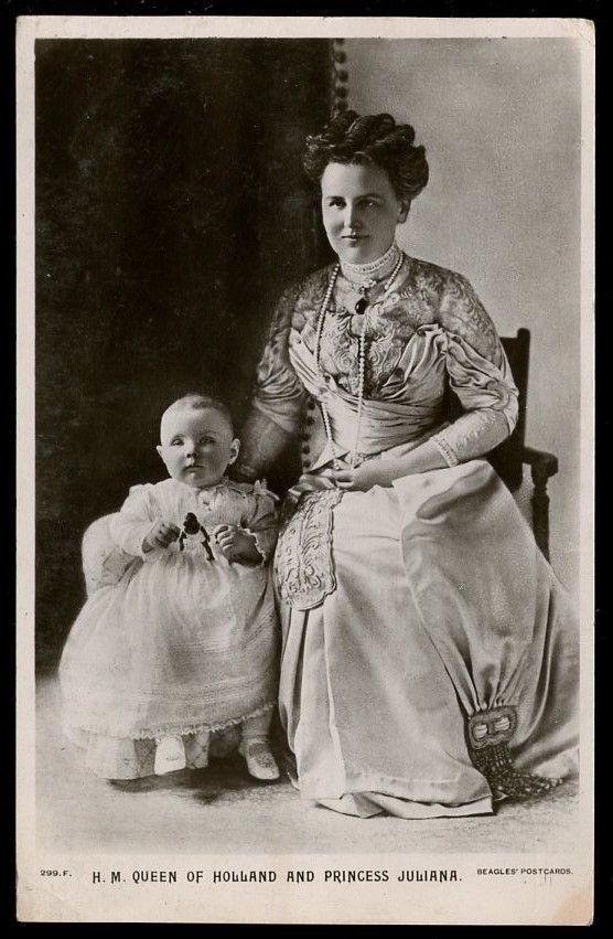HM Wilhelmia, Queen of Holland with Princess Juliana  1910