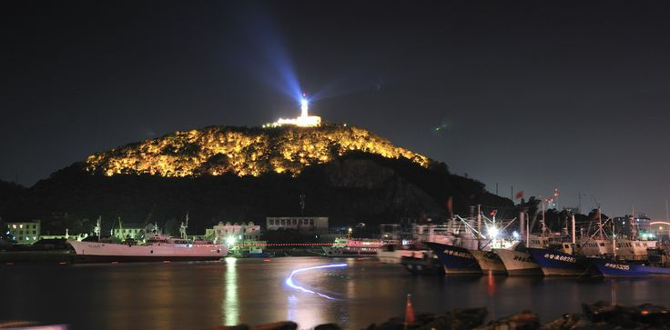 https://flic.kr/p/aADGGs   Shenjiamen Fishing Port, Zhoushan City_HXT3827   Shenjiamen is situated in Zhoushan City's Putuo District.It has always been known as a fishing port and a commercial town. It has China's largest natural fishing harbor and an aquatic product distributing center.