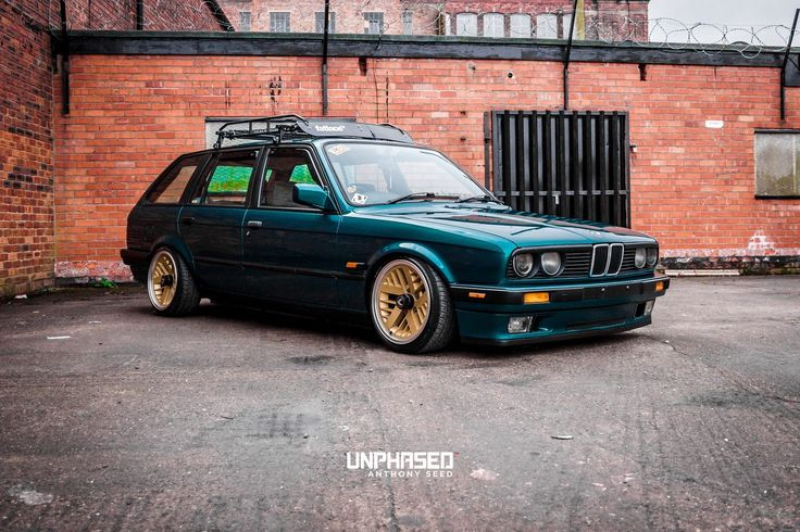 #BMW_E30_Touring #Stance #Lowered #Modified