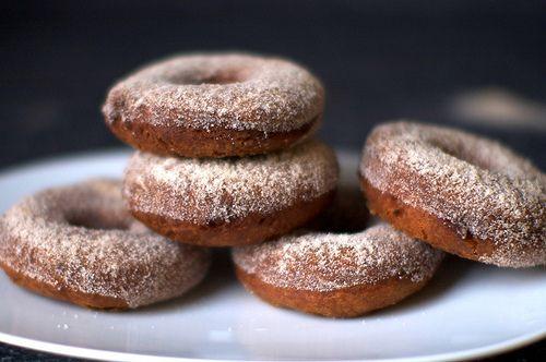 apple cider doughnutsDonuts Recipe, Apples Cider Donuts, Applecider, Apple Cider, Fall Treats, Doughnuts Recipe, Cider Doughnuts, Apples Desserts, Smitten Kitchens