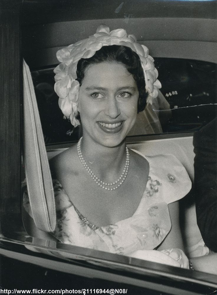 margaret dating In snowden, the biography of princess margaret's eventual husband, author anne de courcy wrote of the formative heartbreak that preceded margaret's marriage.