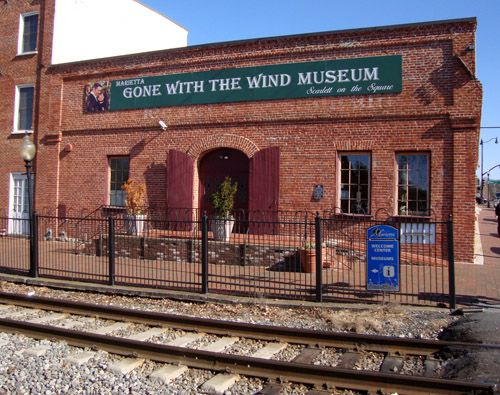 All Scarlett fans must visit the Gone With the Wind Museum in Marietta, Georgia!