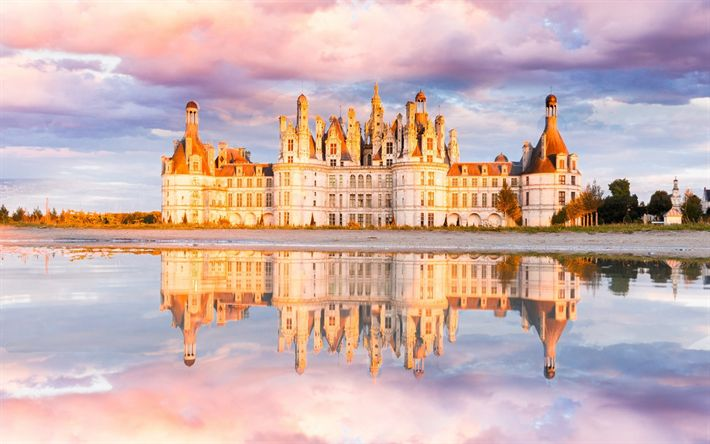 Download wallpapers Chambord Castle, Loir, ancient castle, France, evening, sunset