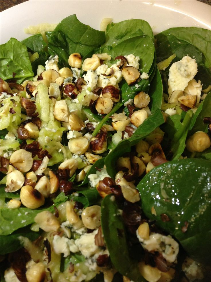 Spinach, apple, hazelnut and blue cheese salad - Jamie Oliver's recipe ...