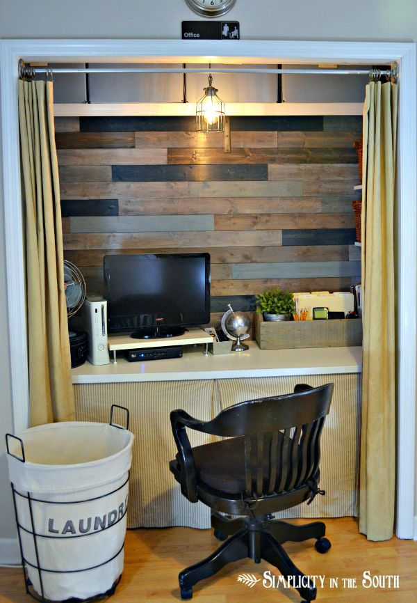 Another great pallet wall by Organized office in a closet by Simplicity In The South