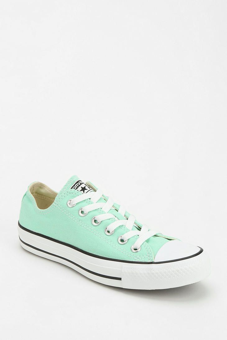 Converse Chuck Taylor All Star Women's Low-Top Sneaker