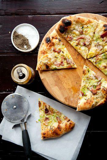 Быстрое бездрожжевое тесто для пиццы