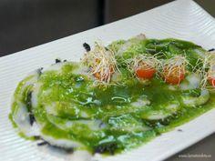 Carpaccio de sepia bruta con aceite de ajo y perejil Reserva online para comer ensalada. EligeTuPlato.es
