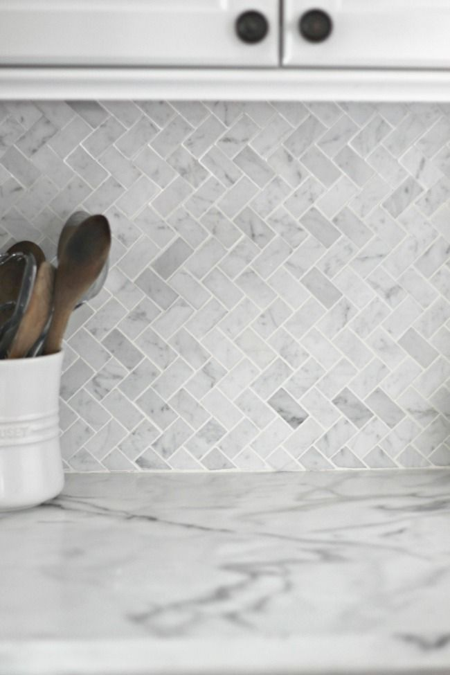 Kitchen backsplash tiles are great decorations to experiment with because they come in wide availability.
