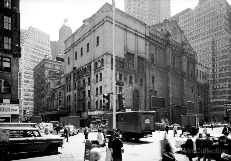 Metropolitan Opera House, 1423 Broadway, New York, New York, NY    Related Names: Cady, J. Cleveland, Treadwell, E. P., Carrere & Hastings    Building/structure dates: 1883 initial construction  Building/structure dates: 1903 subsequent work  Building/ Demolished: 1966