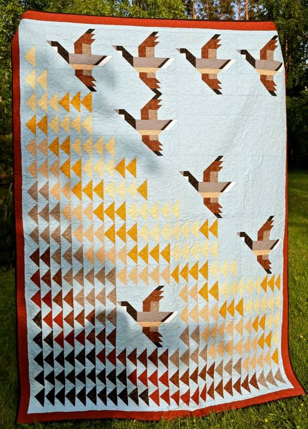 love quilted flying Canadian geese!
