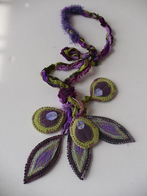 textile necklace di Elena Fiore