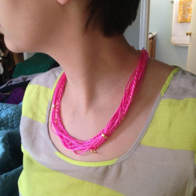 Neon Twine Necklace: Twine Diy, Neon Necklaces, Diy Necklaces, Ate Diy, Jewelry Projects, Twine Knecklac, Necklaces Diy Neon, Twine Necklaces, Neon Twine