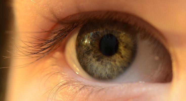 Google et Novartis reportent leur test de lentilles de contact intelligentes