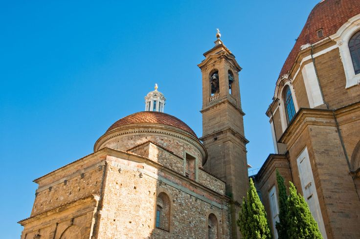 The Medici Chapels form part of a monumental complex of churches and apartments where the famous family resided. Featuring works by Michelangelo among others.