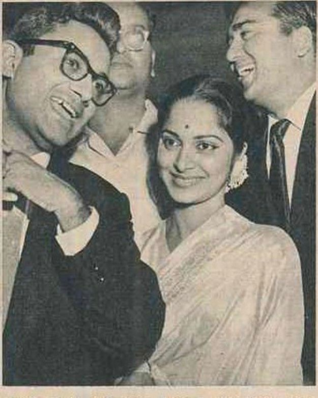 "343 Likes, 4 Comments - muvyz.com (@muvyz) on Instagram: ""#muvyz061917 #BollywoodFlashback Dev Anand, Waheeda Rehman & Sunil Dutt at the premier of Kala…"""