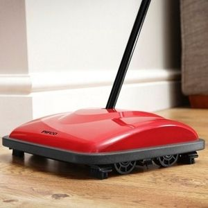 Power free Vaccum Cleaner | Pifco Sweeper Suitable for cleaning both carpets and hard floors the pifco sweeper is light weight and easy to manoeuvre and can help reduce energy bills.