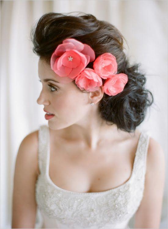Handmade floral headpieces and bridal fashions. #bridelook #bridalaccessories #weddingchicks Design: Inez Gill ---> http://www.weddingchicks.com/2014/05/09/inez-gill/