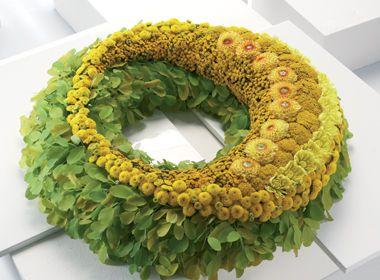 design-edition 04/13: Modern mourning floristry