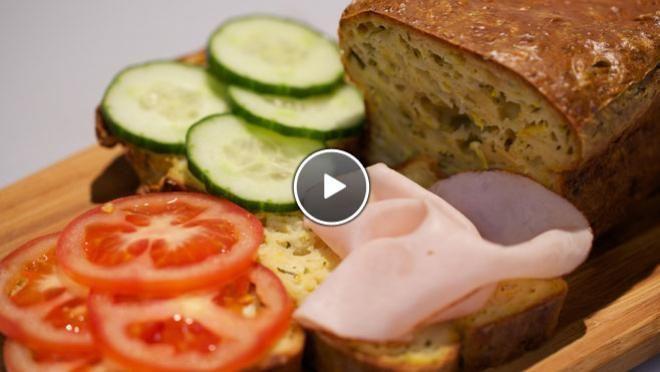 Mediterraanse courgettecake - recept | 24Kitchen