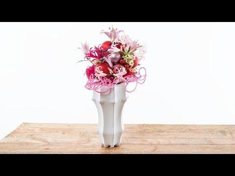 Christmas Balls Bouquet by Nelleke Bontje   Flower Factor How To Make - YouTube