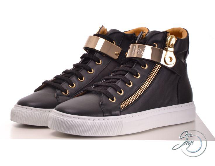 L'estrosa sneakers gold/black >> http://www.chicshop.cz/obuv/tenisky-sneakers/luxusni-damske-tenisky-lestrosa-zipem-zlatym-paskem