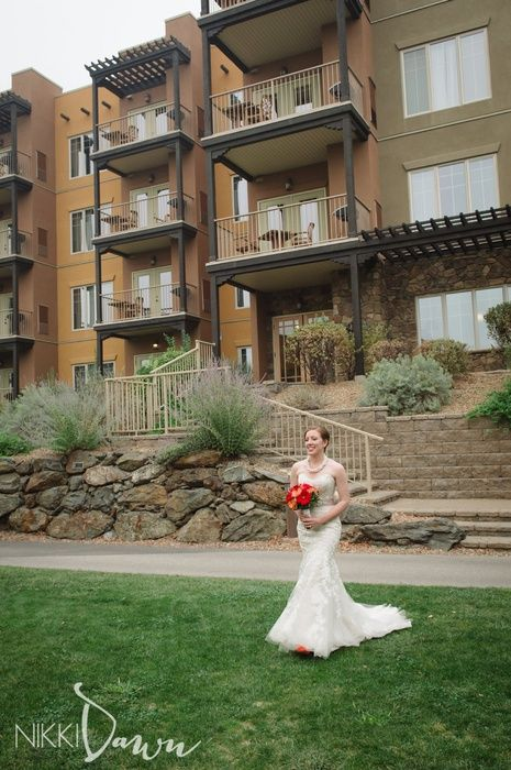 Osoyoos Wedding - Spirit Ridge Resort || Brooks + Emma | Osoyoos Wedding Photographer || Nikki Dawn Photography
