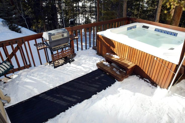 Keep a clear and clean path to your hot tub all year round with snow melting mats! #HeatTrak #SnowMeltingMats