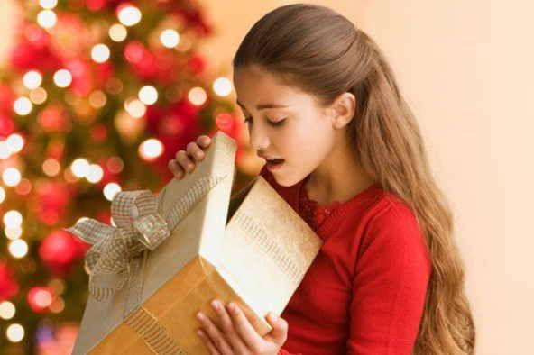 Cuando se trata de comprar regalo para aquellos que ya no son niños pero tampoco son adultos la cosa se puede complicar porque no sabéis exactamente lo que les puede gustar. Para los adolescentes los regalos se pueden convertir en una tarea bastante difícil porque las oportunidades de que les guste lo que le compráis Read More ...