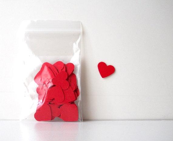 Confetti, 100 Red Hearts