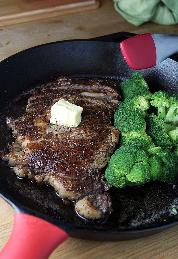 Learn how to cook the perfect ribeye steak! Shared via www.ruled.me/
