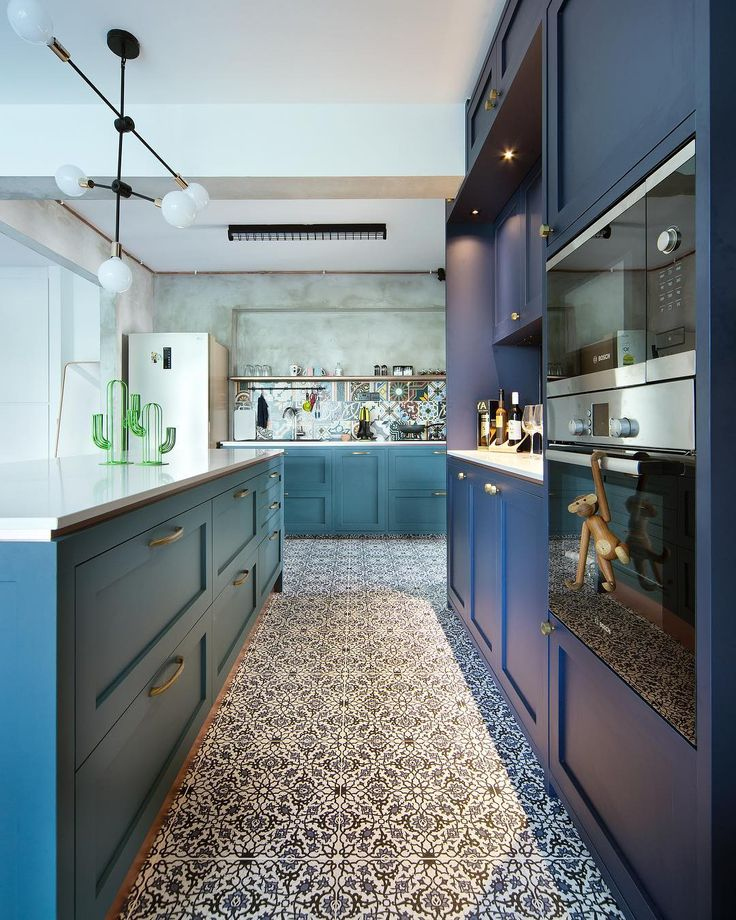 Green And Navy Kitchen: Best 25+ Blue Grey Kitchens Ideas On Pinterest