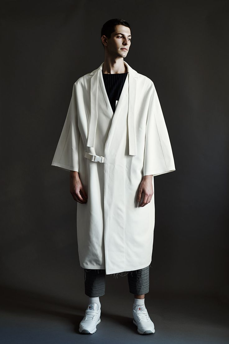 Introducing-Noemie-Al-Homsi_fy12  kimono jacket oversized menswear statement white