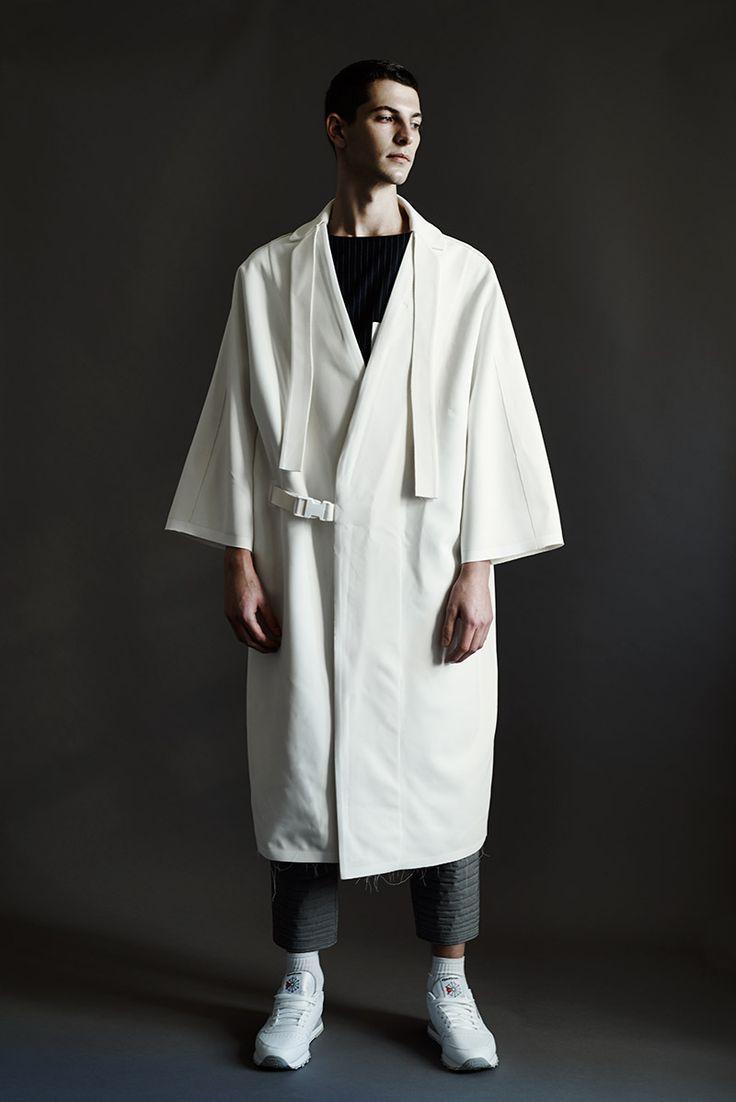 Introducing-Noemie-Al-Homsi_fy12  kimono jacket oversized menswear statement white