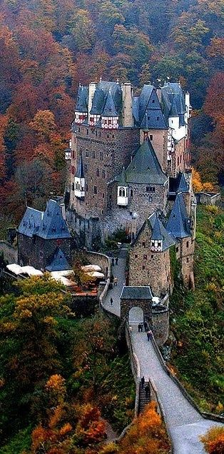 Burg Eltz Castle overlooking the Mosel River between Koblenz and Trier, Germany.