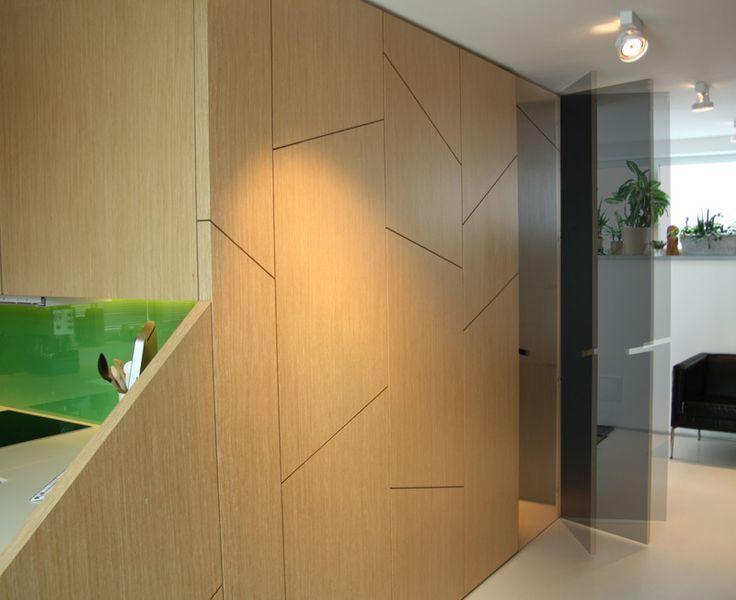 Návrh predsiene so šatníkom - interiér rodinného domu v Starom Meste, Bratislava - Interiérový dizajn / Hall interior by Archilab