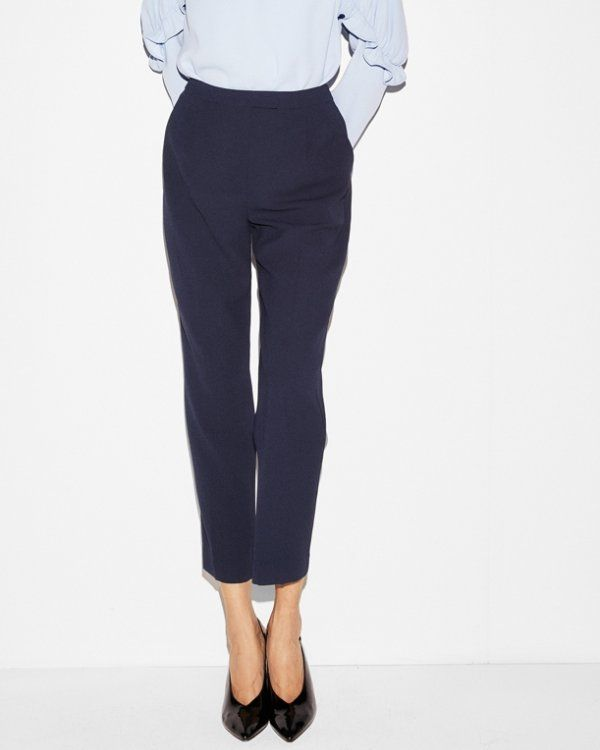 Comfortable fabric and a pleated front make this pant a powerful staple in warmer seasons. The straight leg cuts a lean silhouette, while a cropped length is perfect for showing off your favorite sandals.