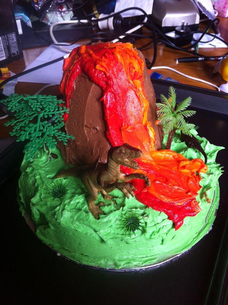 SUPER Easy dinosaur cake