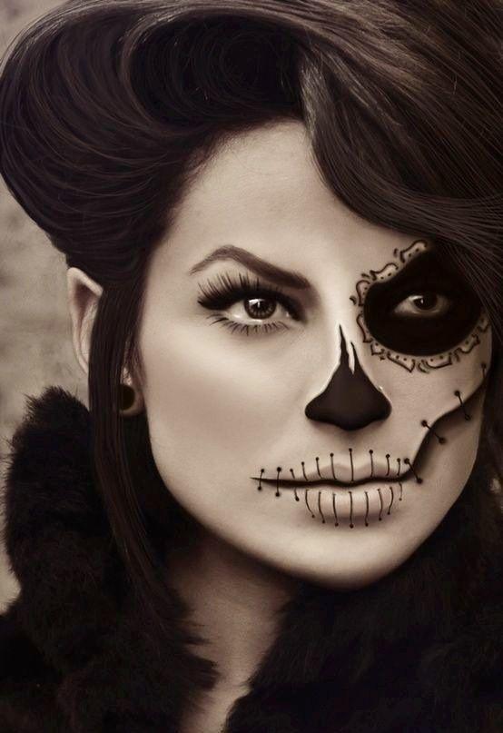 Day of the Dead half face Halloween makeup #FestivalVidayMuerte > http://mayanexplore.com/news_det.php?m=379