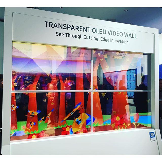 Look Прозрачная OLED видеостена от #Samsung на #integratedsystems // Samsung transparent OLED video wall #addreality @addreality - imagli.com