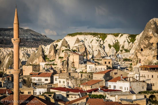 A True landscape of contrasts, Goreme, Cappadocia @ http://themostalive.com/goreme-cappadocia-turkey-fairy-chimneys-cave-hotels/