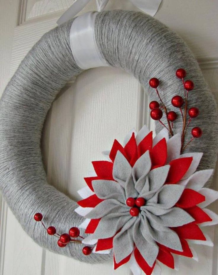 Yarn wreath                                                                                                                                                                                 More